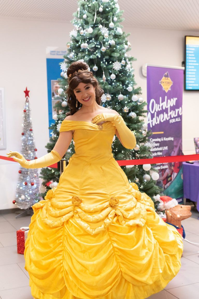 2019.12.13 Christmas Day Princess Belle, SouthamptonHospitalCharity